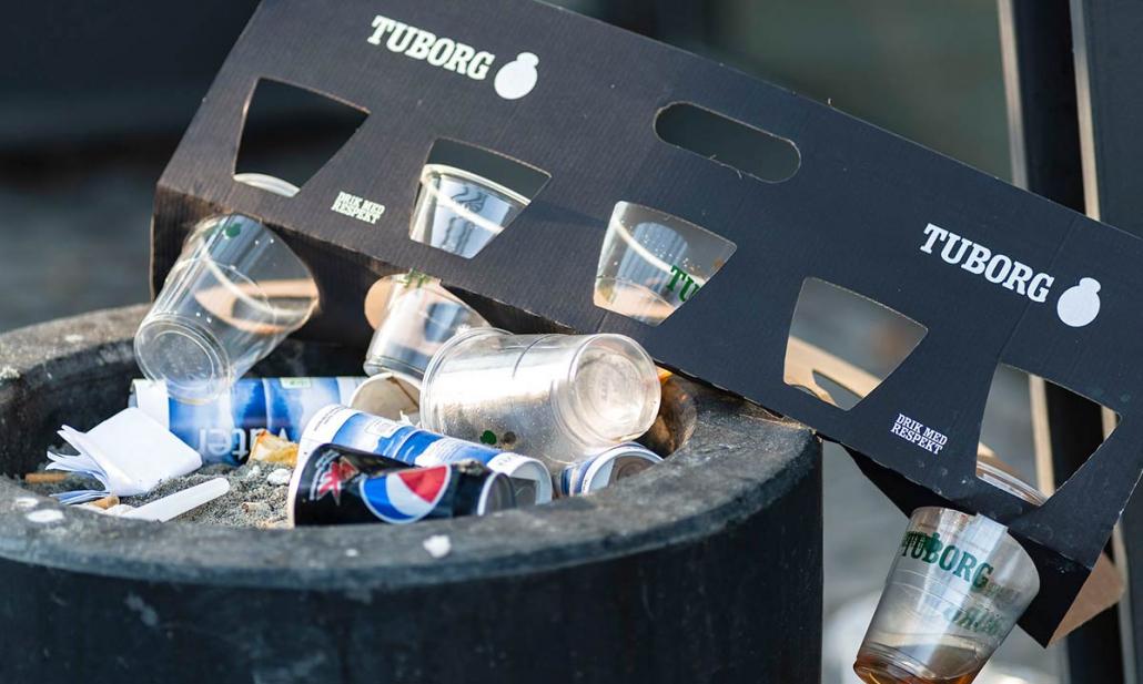Affald og skrald fra koncert i Forum på Frederiksberg