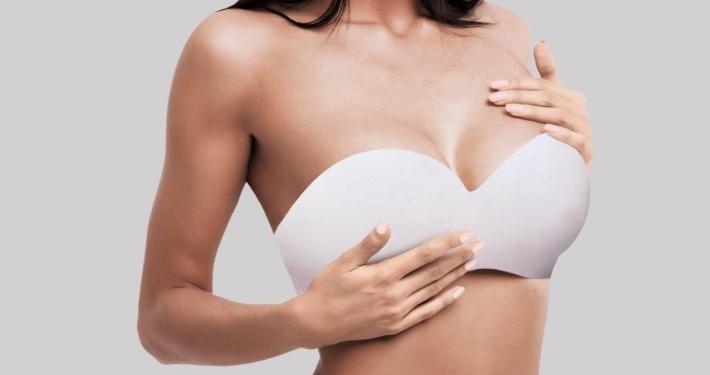 Rekordmange får lavet nye bryster