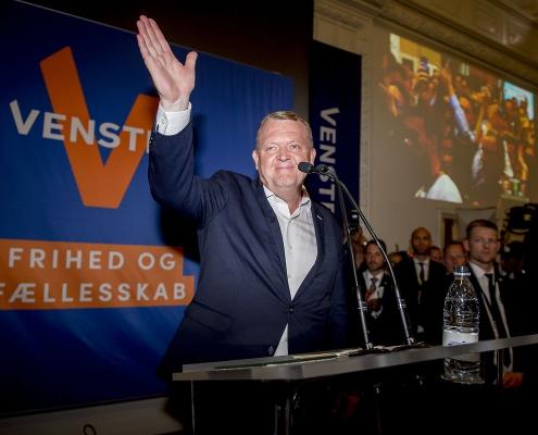 JP spåede tilbagegang for V – nu dropper de meningsmålinger
