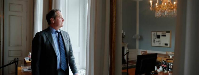 Infight med Finanstilsynet, en nedjustering og fortsat kundeafgang: Problemerne tårner sig op for Danske Banks nye topchef