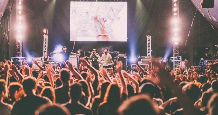 Faretegn i festivalbranchen